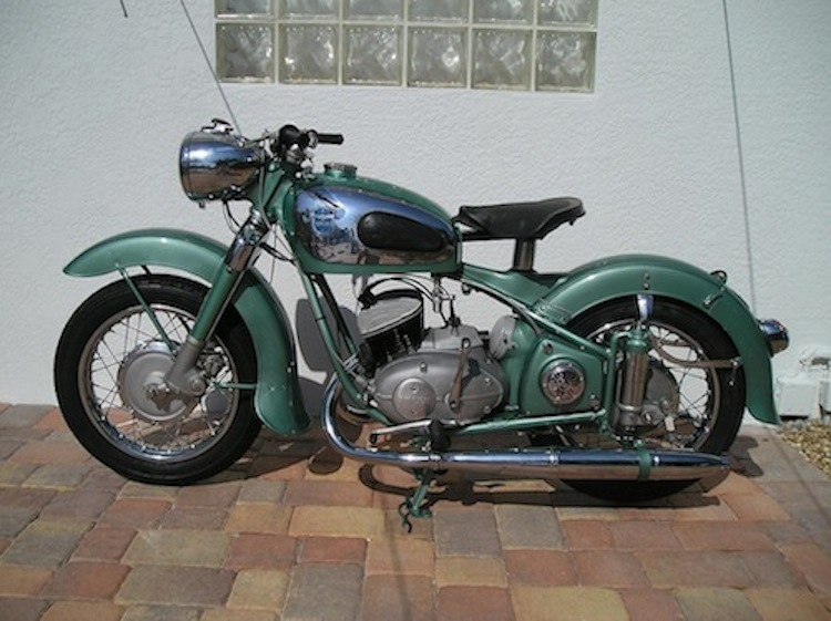 4E2W, 4Ever2Wheels, Best of the Wen on Two Wheels, Motorcycle Photo blog, Vintage Motorcycle, Adler Motorcycles