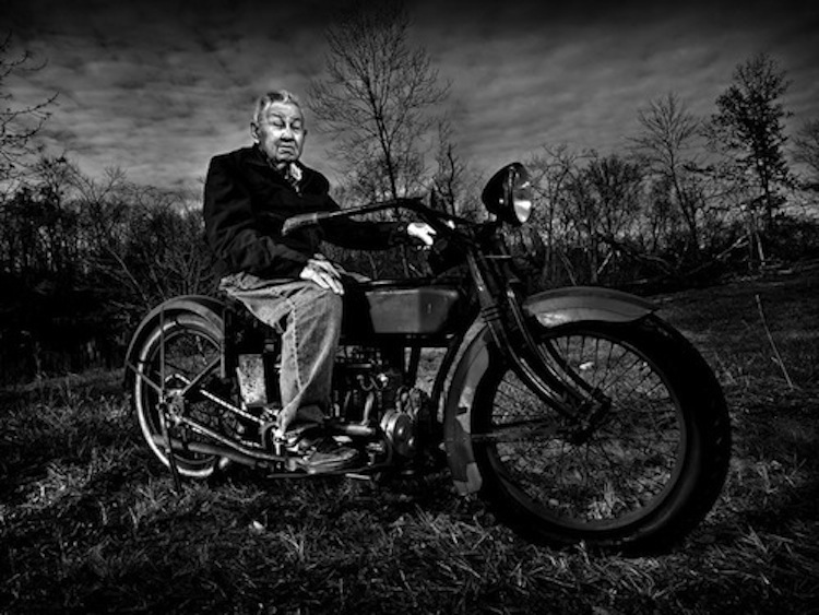 4Ever2Wheels, 4E2W, Best of the Web on Two Wheels, custom motorcycle photo blog, moto-photo blog, Jeff Cochran, Speedkingphoto
