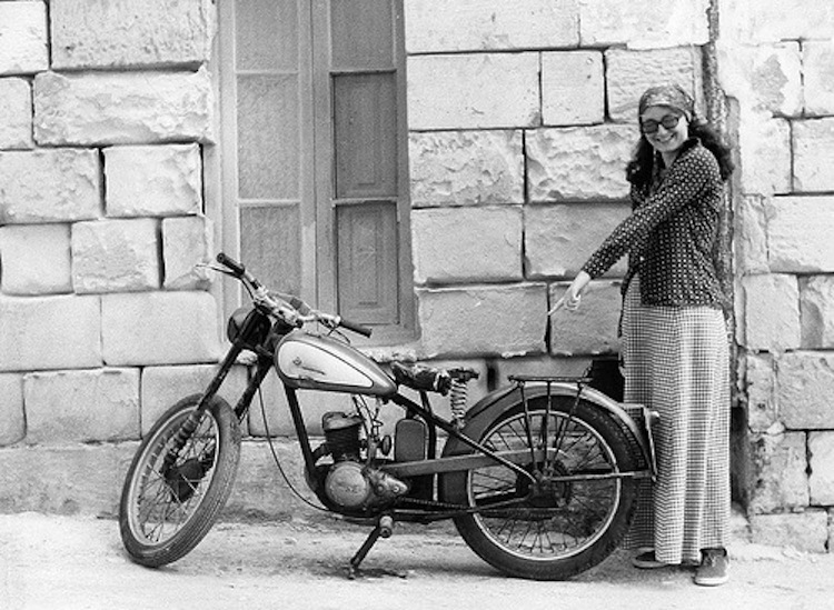 Single cylinder motorcycle, vintage