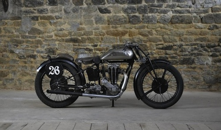Motorcycle Vintage racer, single cylinder
