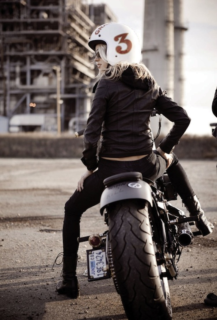 Biker Girl, 3/4 vintage helmet