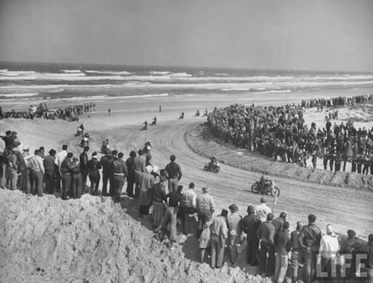 Vintage motorcycle race in daytona, Daytona Beach racing, Vintage motorcycle race