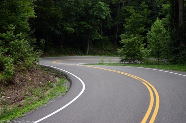 Tail of the Dragon, motorcycle road, best motorcycle road
