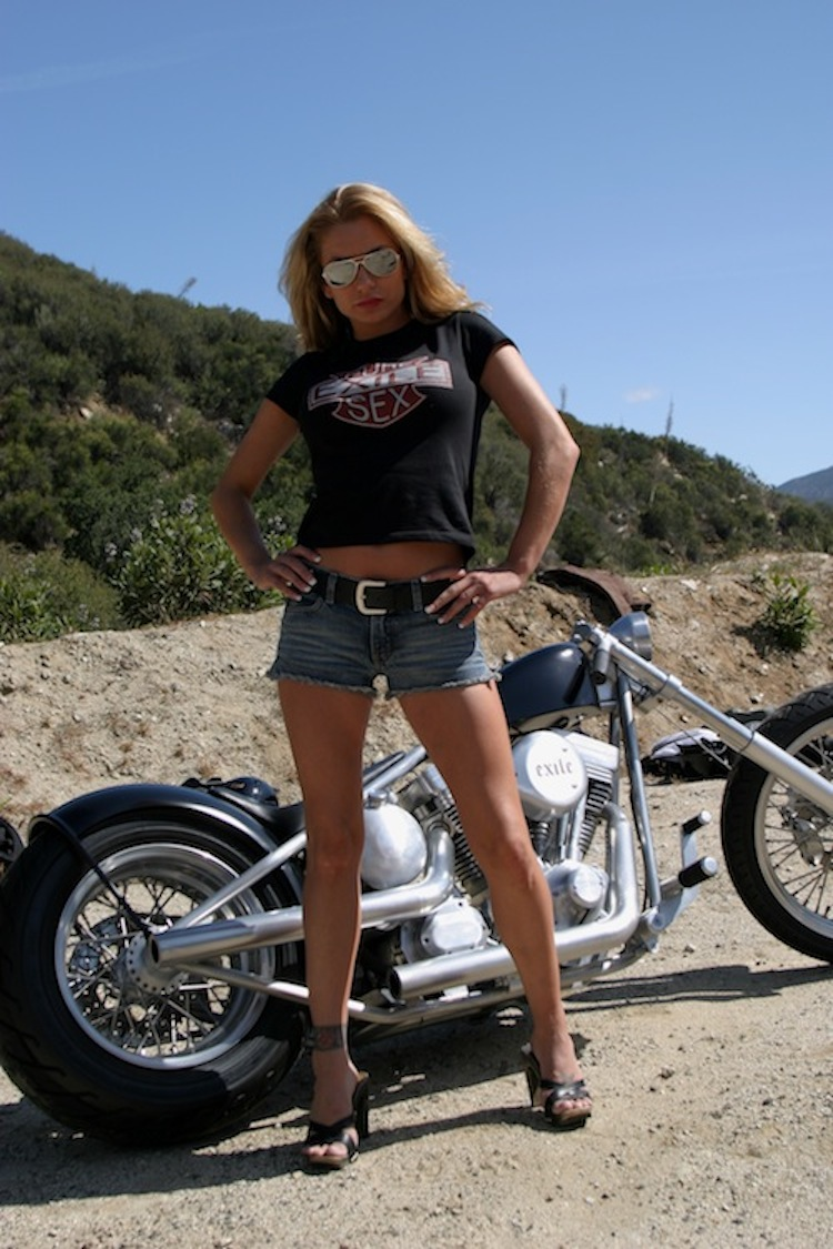 Exile Motorcycles, Russell Mitchell, Flat Black, Custom motorcycle, Twin Cam harley, Steve Kelly Photography