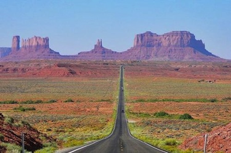 Monument Valley, motorcycle road, best motorcycle road