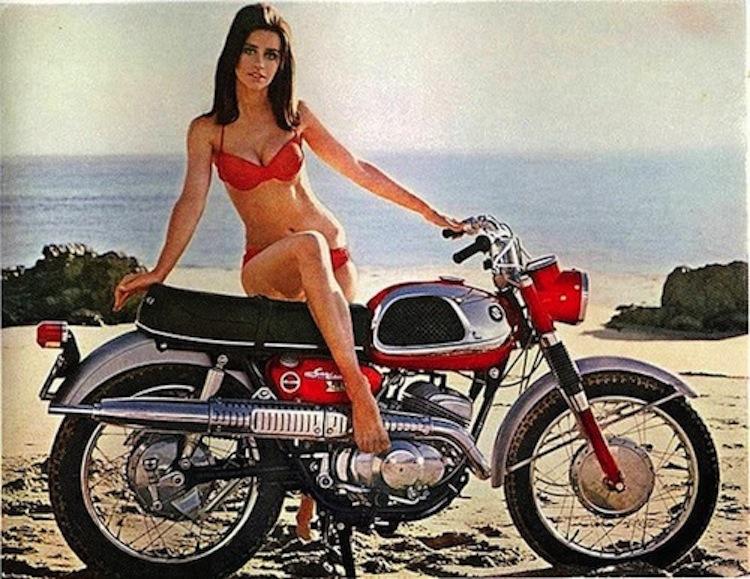 Classi motorcycle, bikini model