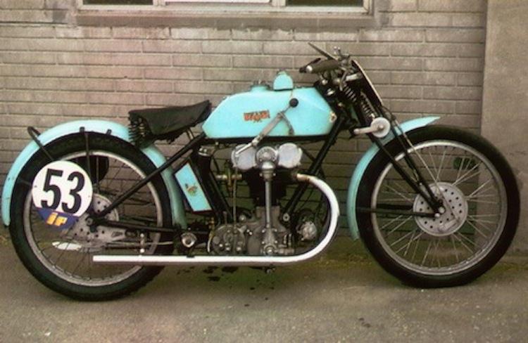 Bianchi, Bianchi moto, classic italian motorcycle, vintage bianchi motorcycle, Bianchi Freccia Celeste